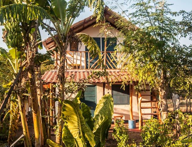 La Urraca Loca Hostel - Balgüe - Hostel