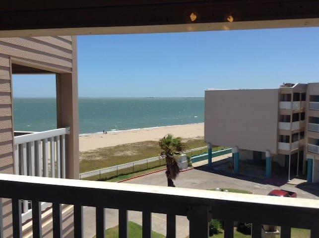 **Newly Renovated Charming Beach Condo #3310 - Corpus Christi - Ortak mülk