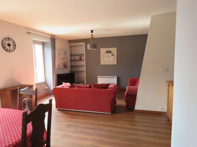 Grand appartement dans le centre du Guilvinec - Guilvinec - Lägenhet