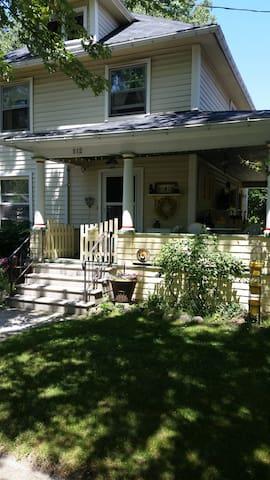 Come Sit on My Porch! - Jackson - Casa