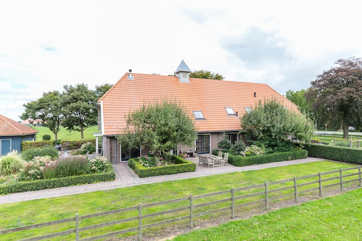 Luxurious country house 25km from Amsterdam 14 p - Middenbeemster - Ev
