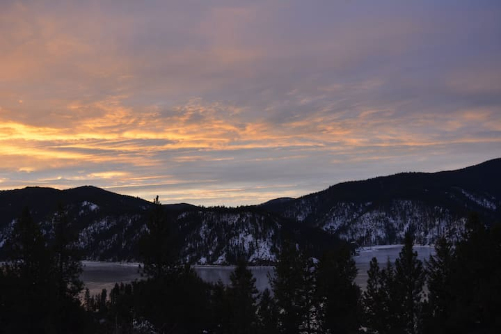Premier Lodge Lakeview Room - Coeur d'Alene - Bed & Breakfast