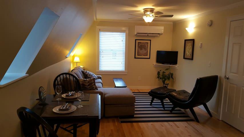 Midcoast Maine Luxury Apartment - Searsport - Appartement