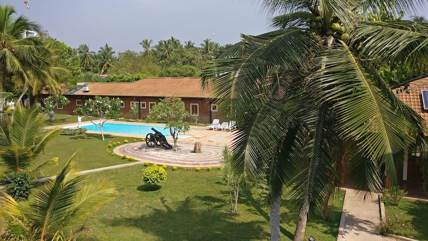 Victoria Villa (Family Room) - Negombo - Villa