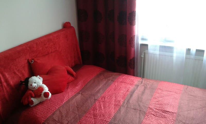 comfortable room. - Stockholm - Leilighet