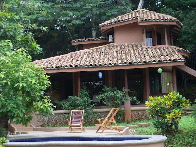 Casa Chile  Playa Carillo - Puerto Carrillo - Casa