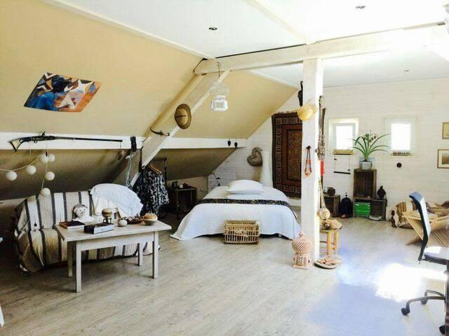 Chambre atypique style africain - Chèvremont