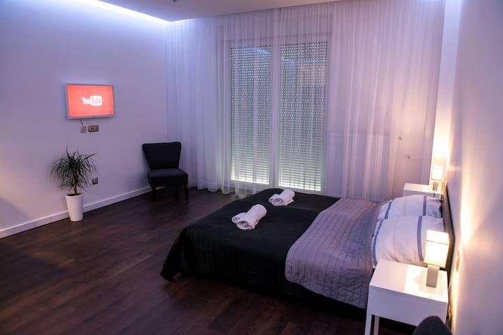 Casa Nuova Apartment Szeged - Szeged - Leilighet