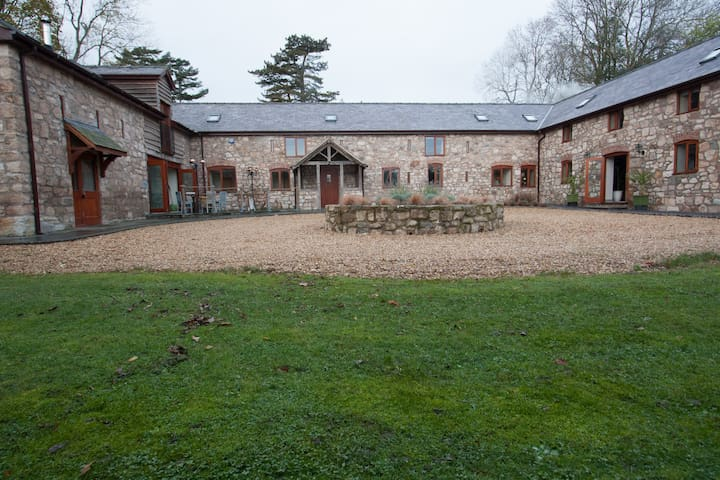 Hayes Barn Luxury Accommodation - Shropshire - Bed & Breakfast