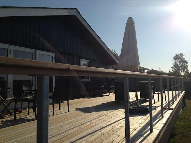 Modernized summerhouse with great Ocean view - Hejls - Hospedaria