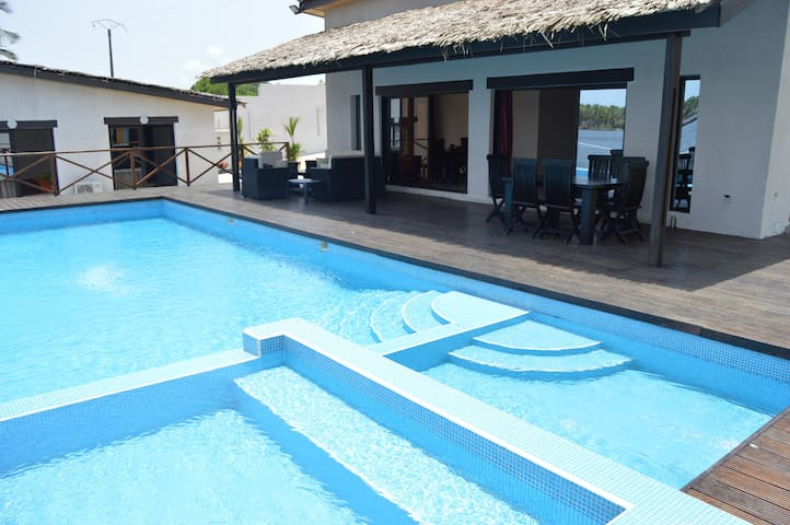 Villa en bordure de la lagune , Assinie - Assinie - Villa