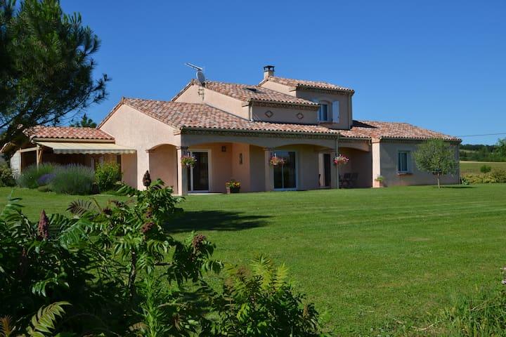 Chambre d'hôte de la Nougarède - Montgaillard