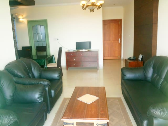 Skyline Town Square AC Furnished Appartment - Kottayam