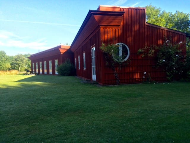 Uniqe house with beautil surroundig - Torekov - Casa