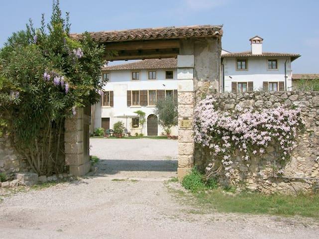 Antica casa in Valpolicella - San pietro in Cariano - Leilighet
