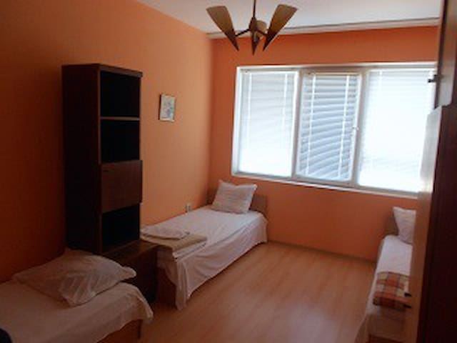 Guest room in the house 3 - Gabrovo - Huis