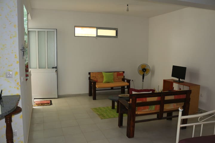 Cozy and nice holiday apartment in Mindelo - Mindelo - Daire