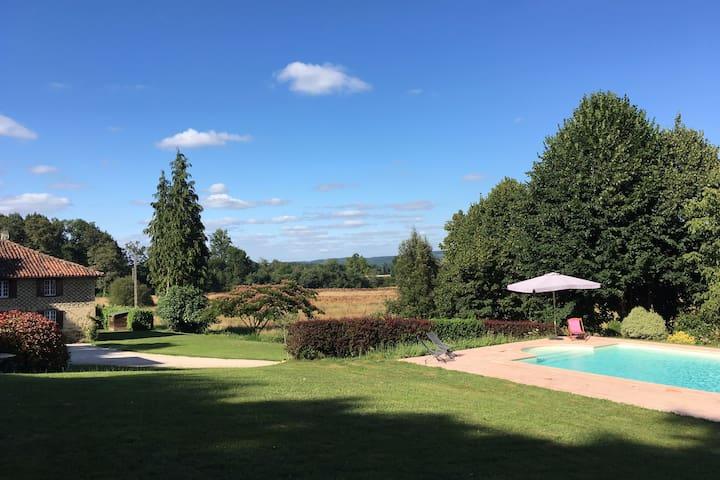Belle maison Gasconne (4-5 personnes) - Cizos