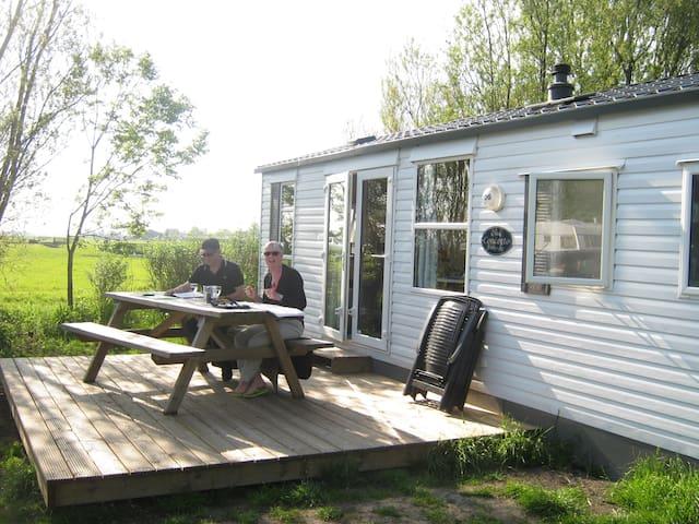 Kleine camping met haven direct aan het Heegermeer - Heeg - Alpstuga