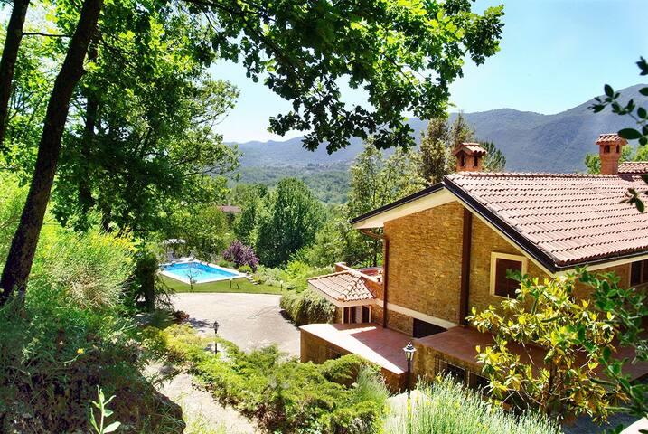 Countryside Guesthouse Villa near to Rome - Gerano - Villa