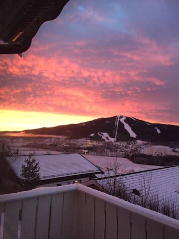 Tre soverom i hus - 40 min fra Oslo - Nittedal