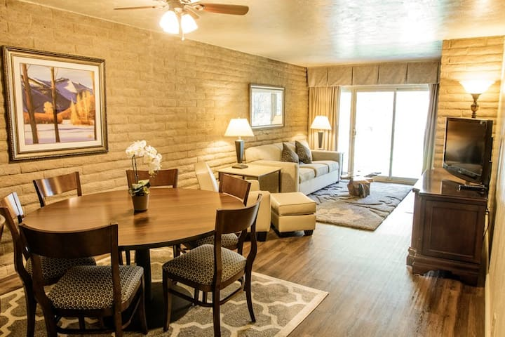 Discounted Beautiful 2 BD Resort in Vail 4/22-4/29 - Vail - Appartement en résidence