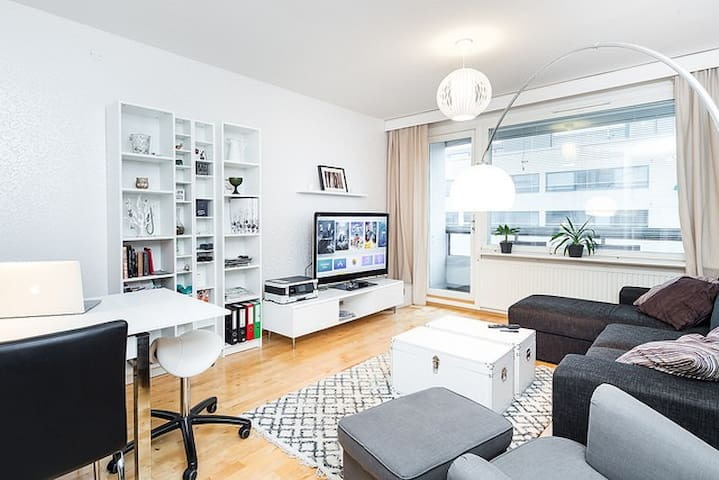 Cozy one bedroom apartment in the Tampere center - Tampere - Departamento