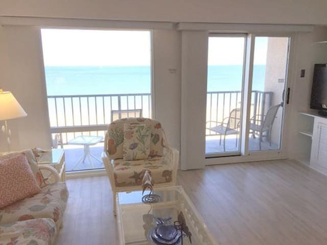 Save $50 to May 28 - Oceanfront-Private Balcony - Rehoboth Beach