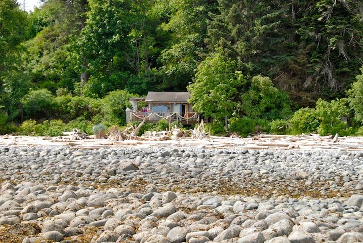 Camping Fancy Quadra Island Style - Quathiaski Cove - Huis