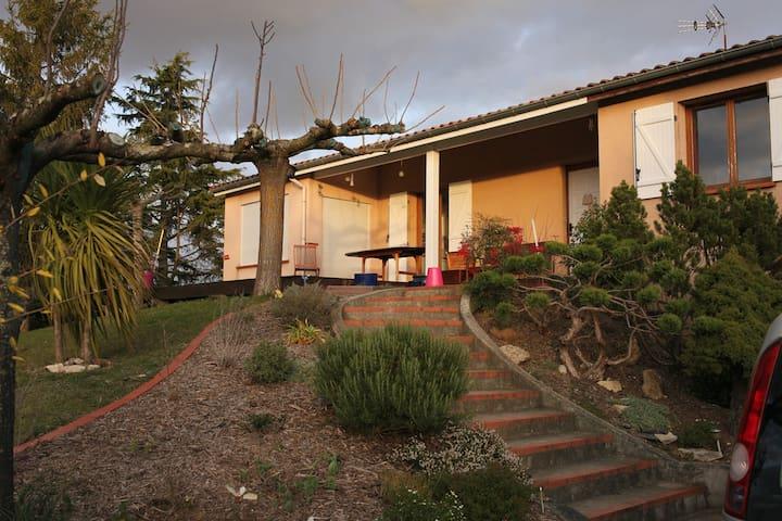 Maison 7/10 personnes lauragais proche Toulouse - Deyme - Huis