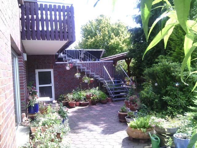 2 Rooms (URL HIDDEN) sep.Eingang ruhige Lage - Hiddenhausen - Lägenhet