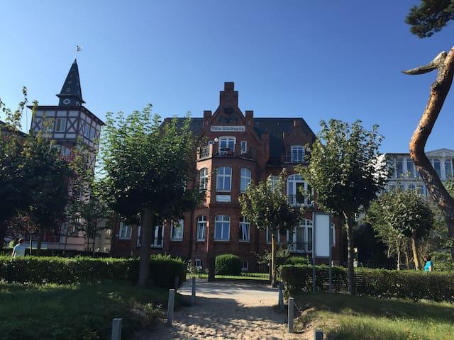Villa Glückspilz direkt am Strand inkl. Strandkorb - Binz - Apartmen