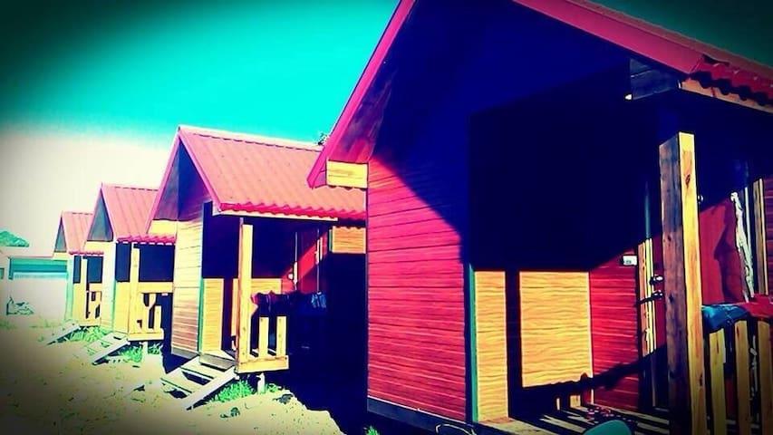 墾丁渡假小木屋6~我們不是走奢華的路線,但是絕對帶給你溫馨又放鬆的感覺 - 屏東