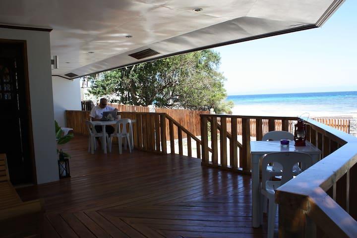 Juvy's Beach House - Siquijor - Ev