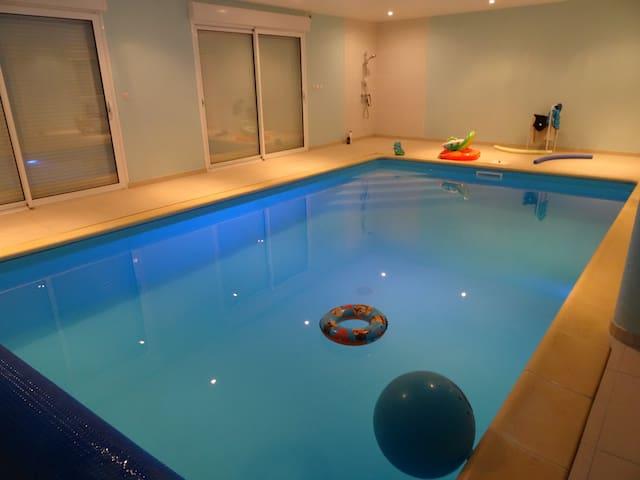 Longère Fosse Mouillée with pool - Viel-Saint-Remy