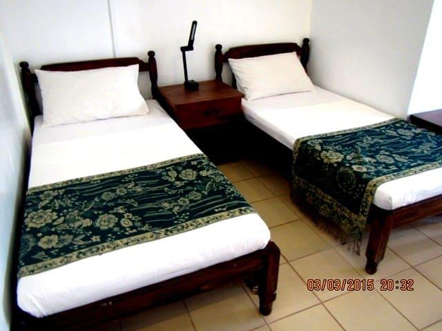 Coron Residencia de Rosario - Standard Room - Coron - Gjestehus