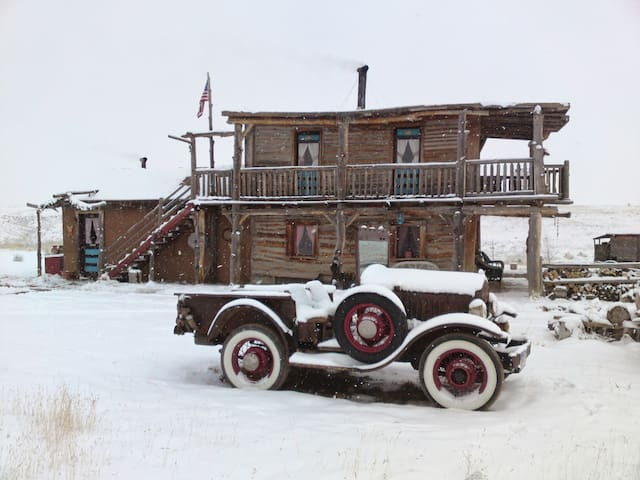Log Cabin Simpich Lazy Tree Ranch - Colorado Springs - Cabaña