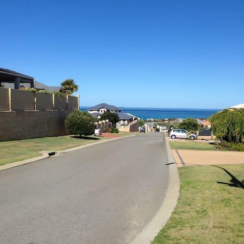 Mindarie Beach House - Mindarie - Lägenhet