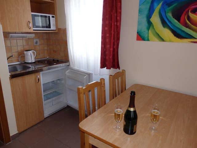Sub Rosa Apartman Hotel - Zalakaros