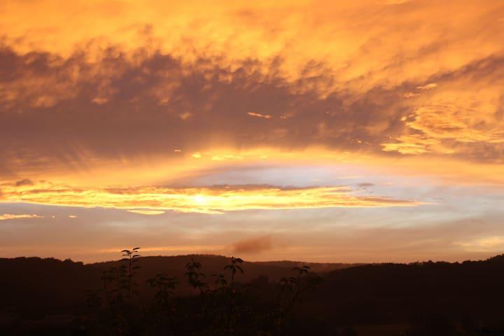 Romantischer Panoramablick im Biospärenreservat - Blieskastel - Casa