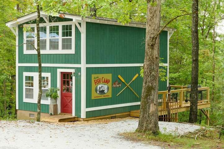 Annie's Fish Camp - Lakemont