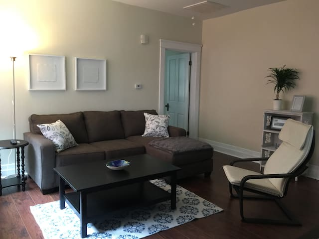 Cozy 1-Bedroom in Covington's MainStrasse Village - Covington