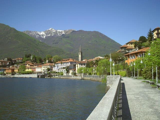 Room Mansarda Lake Mergozzo - Albo - Bed & Breakfast