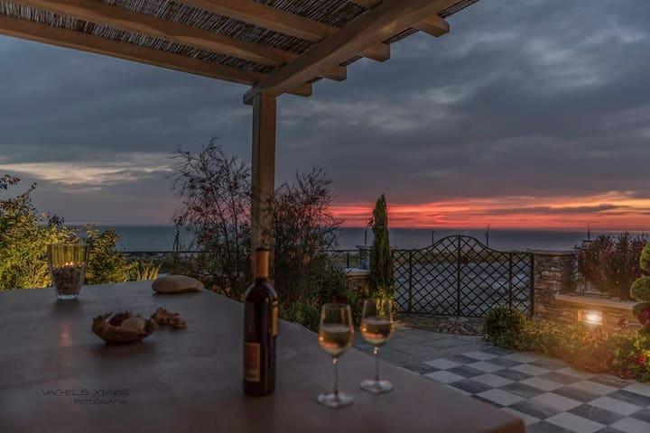 Sunrise Sea Villa, most luxurious villa in area - Chorefto - Villa