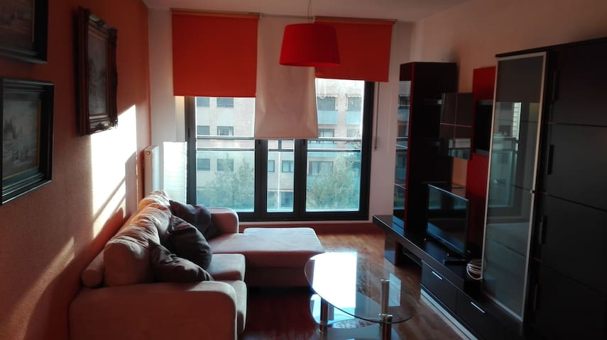APARTAMENTO ATICO LMR PAMPLONA - Pampelune - Appartement en résidence