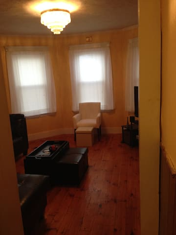 Nice Classy 2BD with All You Need - Worcester