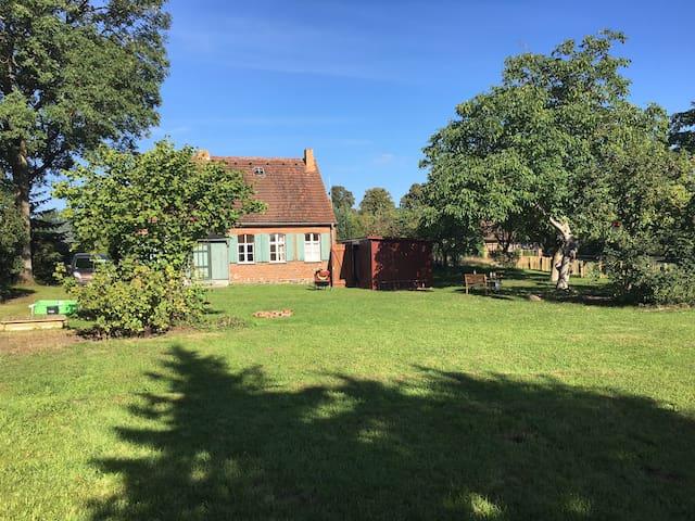 Idyllisches kleines Bauernhaus - Plattenburg