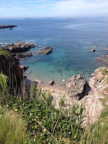 Contemporary Coastal Retreat - Heybrook Bay - Villa