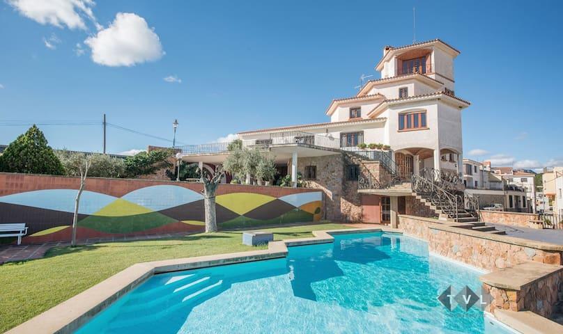 La Guaita. Luxury villa with charm. - Riudecanyes