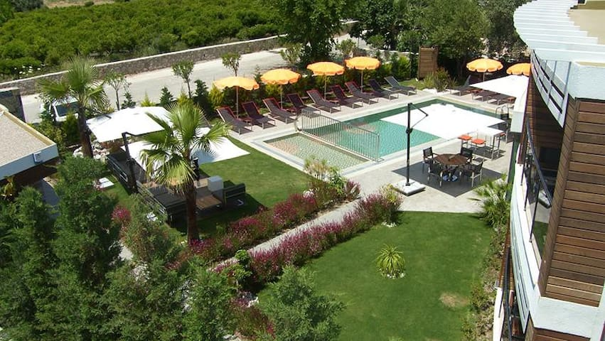 BD283-Bodrum 1 Bedroomed Flat with sharing Pool - Ortakent - Appartement